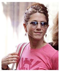 Jennifer Aniston Gave Cold Shoulders To George Clooney?