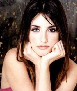 Penelope Cruz Wanted To Become A Perfect Mother