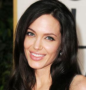 U.S. actress Angelina Jolie says Thailand should offer aid to thousands of ...