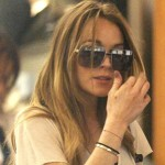 Lindsay Lohan Won't Come To Court Monday