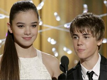 Hailee Steinfield and Justin Bieber