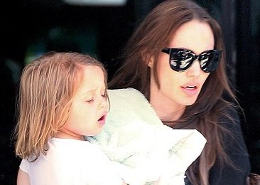 angelina jolie, angelina jolie pictures, angelina jolie latest news, old angelina jolie