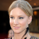 Heather Morris Confessed Having Breast Implants