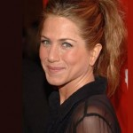Style Guru Thinks Jennifer Aniston Has 'Desperate Character'