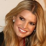 Jessica Simpson Rushed To Boyfriend's Side