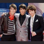 Jonas Brothers Want To Date Their Fans?