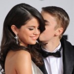 Justin Bieber And Selena Gomez Looked Unaffected With Paternity Rumor At AMA Rehearsal