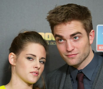 did robert pattinson break up with kristen stewart, kristen stewart robert pattinson break up, kristen stewart and robert pattinson break up, kristen stewart and robert pattinson news,