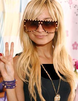 Nicole Richie Beats Christina Aguilera