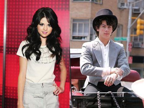 Selena Gomez, Nick Jonas