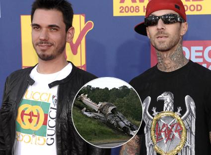 DJ AM and Travis Barker