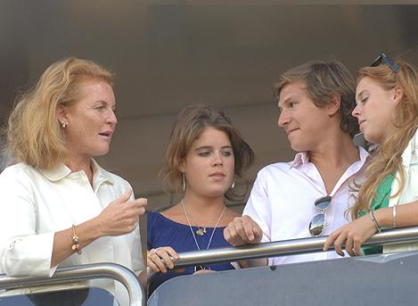 Sarah Ferguson, Princess Eugenie & Princess Beatrice