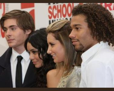Zac Efron, Vanessa Hudgens, Ashley Tisdale, Corbin Bleu