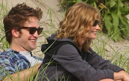 Robert Pattinson & Emilie de Ravin