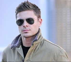zac efron, zac efron photos, zac efron pics, pictures of zac efron