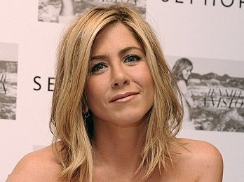 jennifer aniston pictures, jennifer aniston news,jennifer aniston hairstyle