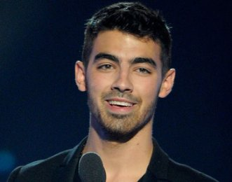 joe jonas, joe jonas pics, joe jonas news, pictures of joe jonas