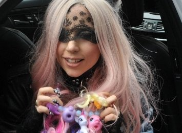 Lady Gaga,lady gaga telephone, lady gaga pictures,
