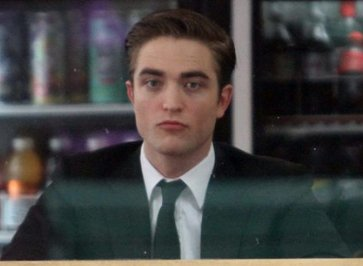 Robert Pattinson, robert pattinson pics, latest robert pattinson news, latest on robert pattinson