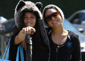 Stella and Vanessa Hudgens
