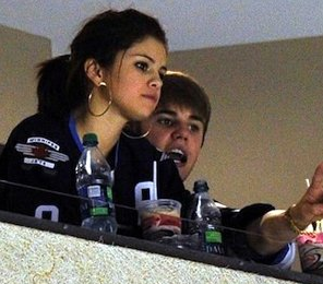 Selena Gomez and Justin Bieber, justin bieber split, justin bieber kiss