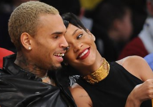rihanna and chris brown story,rihanna vs chris brown,rihanna and chris brown 2009,rihanna and chris brown back together 2011