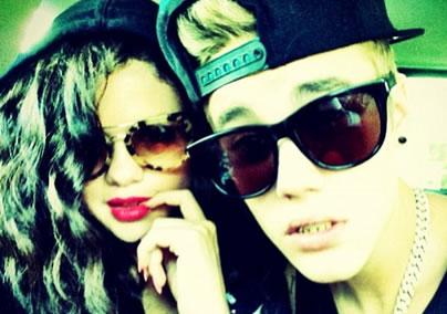 justin bieber and selena gomez break up 2011, justin bieber and selena gomez making out, justin bieber selena gomez 2011, selena gomez and justin bieber 2010