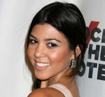 kourtney kardashian website, kourtney kardashian age, kourtney kardashian husband, kourtney kardashian body