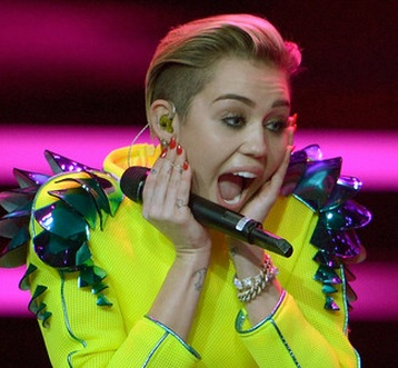 about miley cyrus, miley cyrus lol, miley cyrus pics, miley cyrus songs