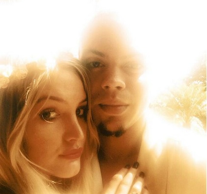 ashlee simpson engage, ashlee simpson evan ross, diana ross, ashlee simpson twitter