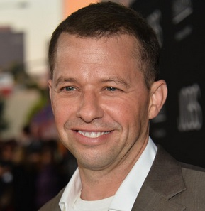 jon cryer, jon cryer son, jon cryer income, two and a half men