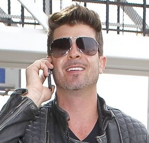 robin thicke, robin thicke blurred lines, blurred lines, robin thicke paula patton