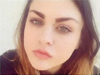 frances bean cobain 2017, frances bean cobain age, frances bean cobain instagram, frances bean cobain and kurt cobain