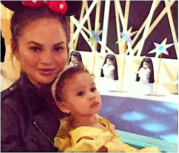 chrissy teigen birthday, chrissy teigen and john legend baby, chrissy teigen baby luna, chrissy teigen child